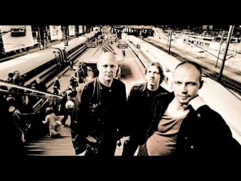 Esbjörn Svensson Trio - Eighty-Eight Days In My Veins