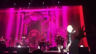 Lara Fabian Communify et I Will Love Again live HD @ Paris Zenith 2018