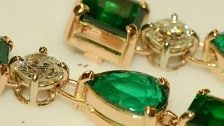 Emeralds and diamonds handmade 18k red gold earrings