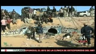 Repeat youtube video Muerte de Muamar el Gadafi (1942-2011)  en Sirte, Libia el 20 octubre 2011.