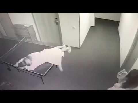 Скрытая камера две дуры