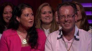 Lachebek Henk moest met zakdoek in mond lachen - RTL LATE NIGHT