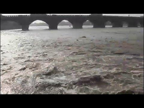 Vaigai River தரை பாலத்தை தழுவி சென்றது வைகை ஆறு