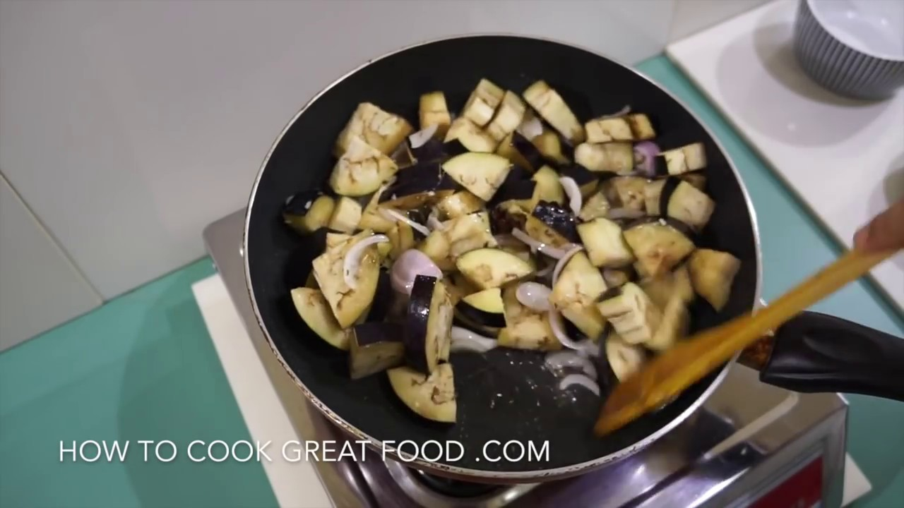 Watch Aubergine and Coconut Curry Recipe video