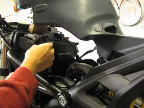 Ducati Monster 696 Battery Tender Connector Installation Youtube