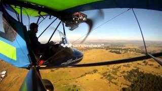 Bantam B22J takeoff and landing (ultralight)