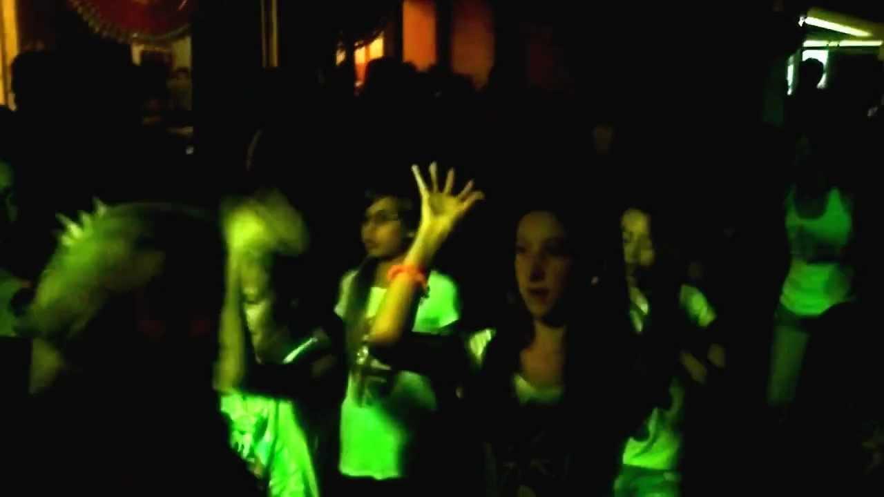FerrAgosto Night @ Bagni Fiorella - Tirrenia 2012 (Parte 1) - YouTube