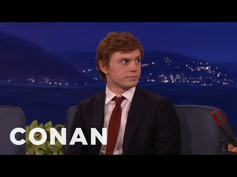 Evan Peters Accidentally Showed Jessica Lange His Junk  - CONAN on TBS