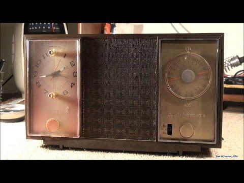 1960's Zenith 7-Tube Radio M729