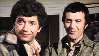 The Professionals - We Wish You A Merry Christmas