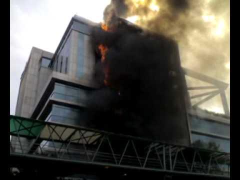 HDIL ON FIRE (BANDRA) MUMBAI 2  .mp4