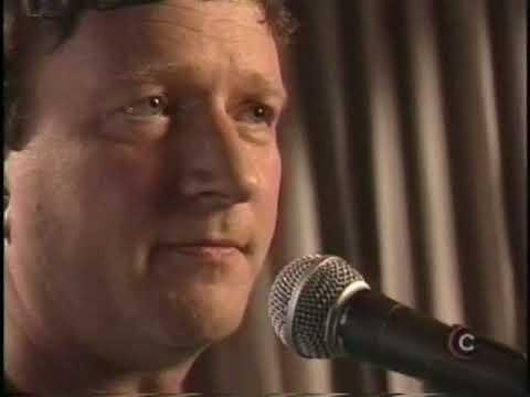 Glenn Tilbook (Squeeze) -  Studio C live - Acoustic Mini Concert (6 songs) 2001