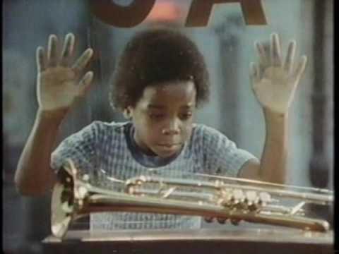 「黒人の子供が欲しがるトランペット」の画像検索結果