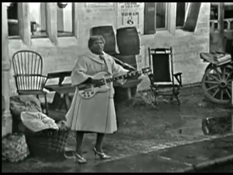 Sister Rosetta Tharpe - Trouble in mind