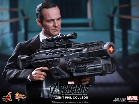 The Avengers Hot Toys Agent Phil Coulson Movie Masterpiece 1/6 Scale Collectible Figure Review