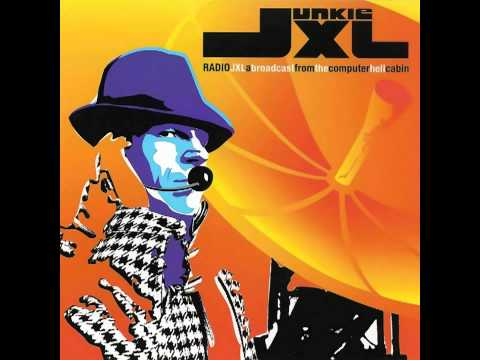 Junkie XL --  A Little Less Conversation (feat. Elvis)