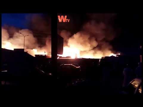 Urgent : le feu  au parc lambaye de pikine