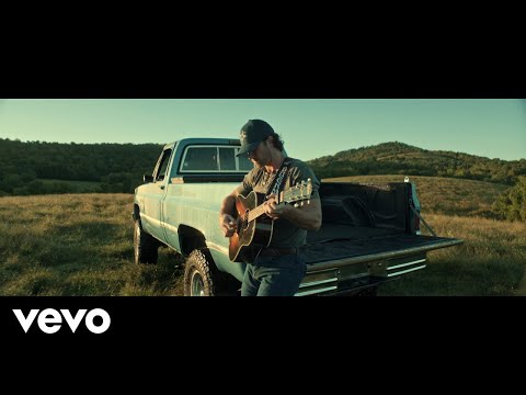 Riley Green - If It Wasn't for Trucks mp3 letöltés