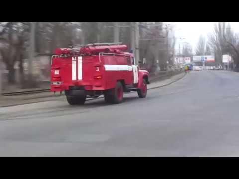 3x Ukrainian fire trucks responding