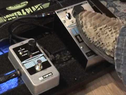 Electro Harmonix Holy Grail Vs NANO Holy Grail REVERB Guitar Effects Pedal Shootout