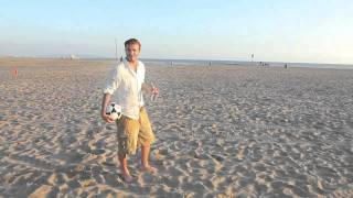 David Beckham - Just unbelievable soccer shots skills on beach