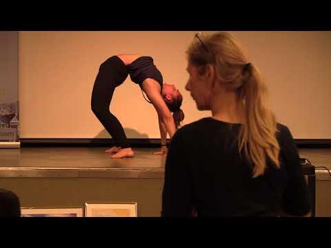Robin Fox: Yoga demonstration