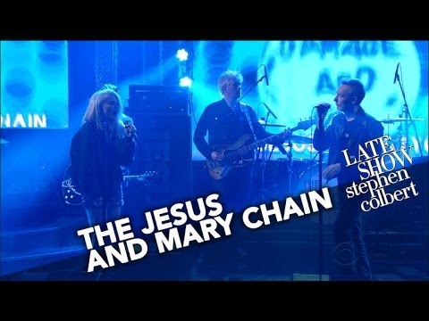 "The Jesus And Mary Chain Perform ""The Two Of Us"""