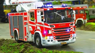 RC SCALE MODEL FIRE TRUCKS IN FIRE RESCUE OPERATION!! / Intermodellbau Dortmund 2018
