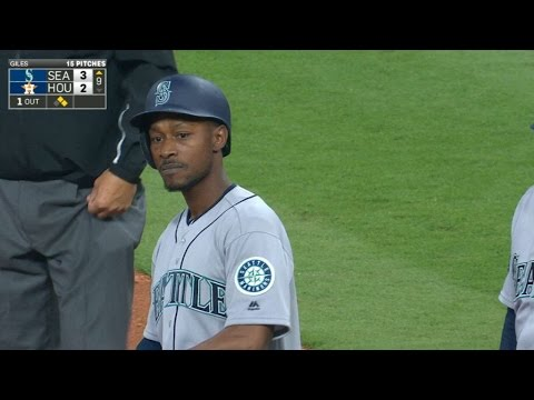 SEA@HOU: Dyson gives Mariners lead on RBI single