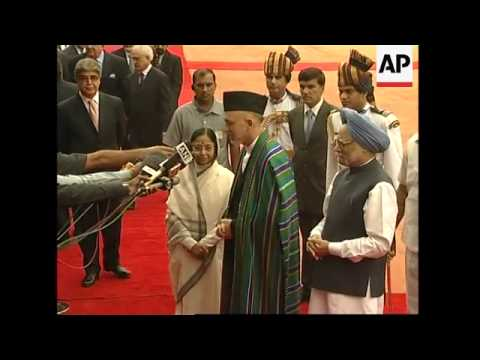 Visiting Afghan Pres Hamid Karzai meets Indian leadership
