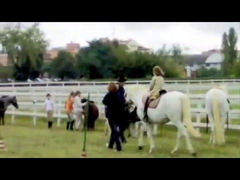 Laura a cavallo