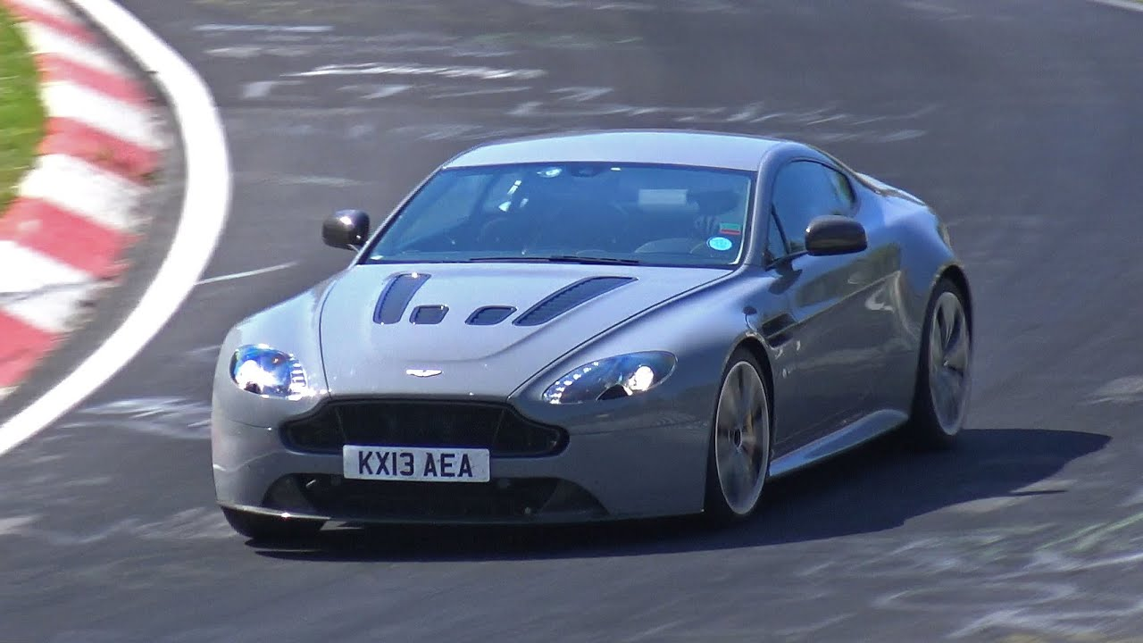 aston martin v12 vantage s - exhaust sounds on the nürburgring