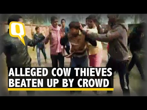 Crowd Beats Up Two Alleged Cow Thieves in Mughalsarai | The Quint