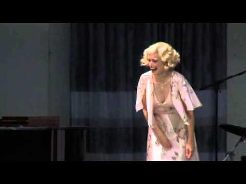 Hedda Gabler von Henrik Ibsen - Deutsches Theater Berlin