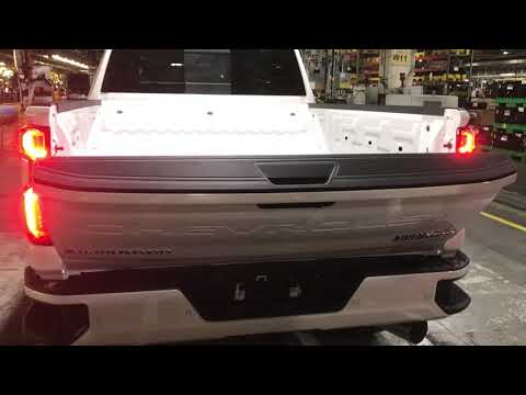 2020 Chevy Silverado HD power tailgate