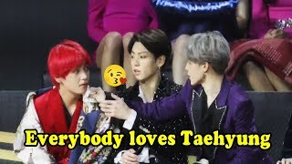 Everybody loves KIM TAEHYUNG (태형 BTS) so much!