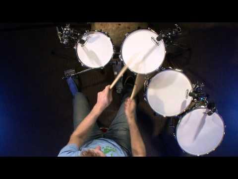 Tuning Your Toms - Drum Lesson (DRUMEO)