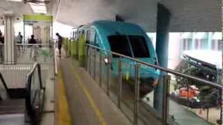 [FHD] Sentosa Express Monorail-Train leaving WaterFront Station