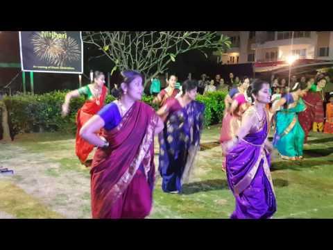 Pinga, navrai majhi and dajiba dance