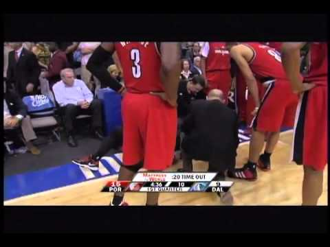 Wesley Matthews gets knocked out by Jason Terry - Blazers Vs Mavs : Game 2
