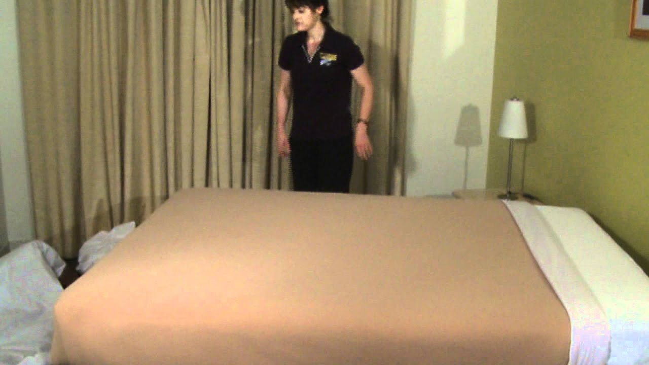 Housekeeping Step By Step Bedmaking Youtube