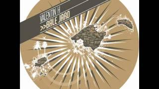 Valentin Huedo - Alone
