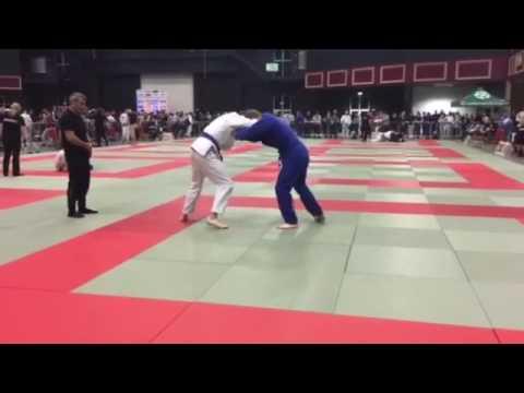 Stephen Burke Match 1 Irish BJJ Open 2016 Middle Weight Blue Belt