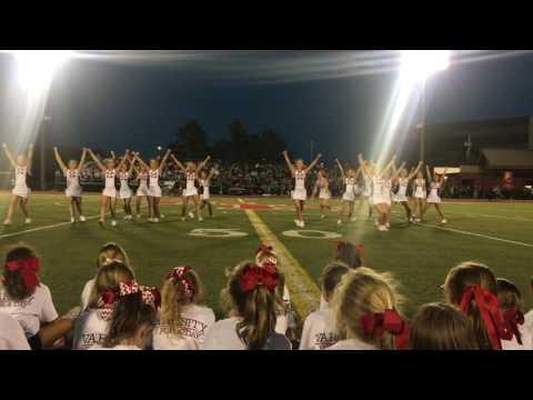 Perfect 8 Counts: Bishop Kelley High School Cheer/Pom Dance