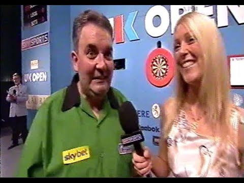A Rather Awkward Darts Interview... - 2003 PDC UK Open