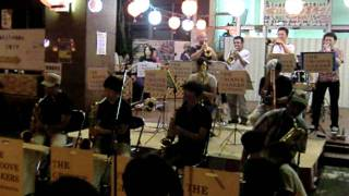 The Groovemakers Jazz Orchestra Mambo No.5