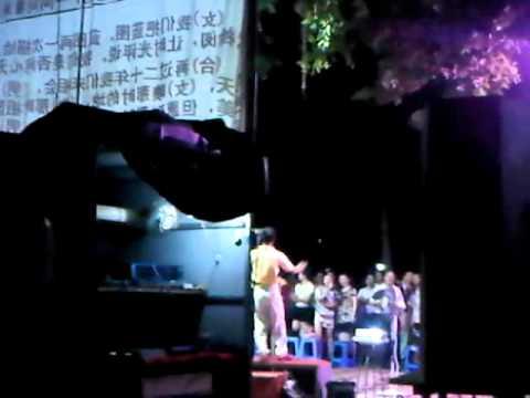 Group singing at Fuzhou, China