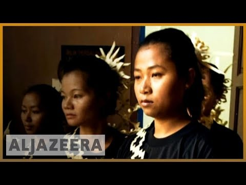 Malaysia ethnic tribes 'forced to convert'