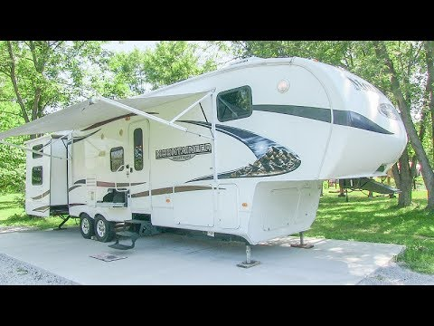 2008 mountaineer camper