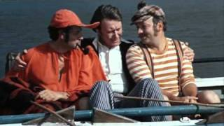 Трое в лодке не считая собаки акула